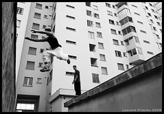 ... (Laurent Filoche) Tags: france freerunning toulouse parkour yamakasi bonzography parkourportfolio