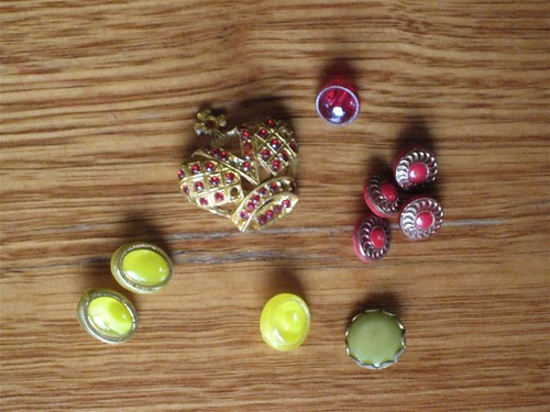 The Yellow/Red Buttons