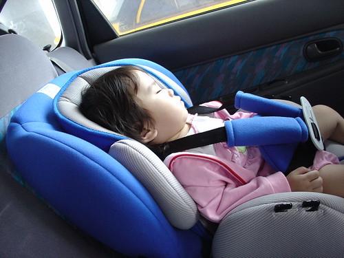 以前S麻抱的時候哪有這麼快睡著