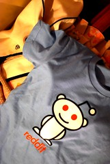 startup schwag #2: reddit shirt!