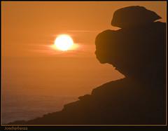 Atardecer en Baroa (Josebarbanza) Tags: sunset atardecer explore 2008 castros barbanza portodoson baroa cruzadas flickrsbest ysplix josebarbanza top20sunsetsofourhearts spiritofphotography retoexpress
