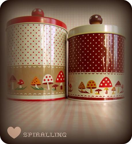 Mushroom cannisters