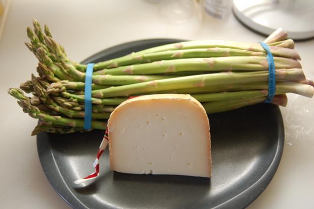s_asparagus_Ossau-Iraty