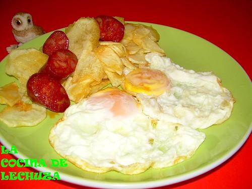 Huevos patatas y chorizo++
