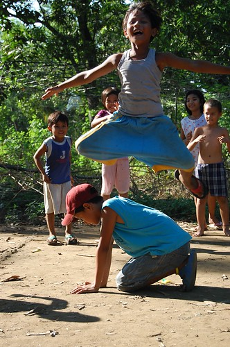Guiguinto, Bulacan traditional game Pinoy Filipino Pilipino Buhay  people pictures photos life Philippinen  菲律宾  菲律賓  필리핀(공화국) Philippines luksong baka rural