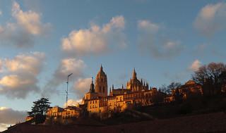 Anochece en Segovia