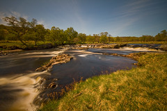 The River Helmsdale. (Gordie Broon.) Tags: longexposure trees nature water landscape geotagged photography scotland fishing scenery alba scenic escocia falls salmonriver highlandclearances schottland ecosse scottishhighlands sutherlandshire northernscotland kinbrace riverhelmsdale canoneos7d strathullie suisgill strathofkildonan gordiebroon