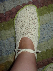 PB280035 (gretchen brownbear) Tags: cotton slippers lacanau knitty
