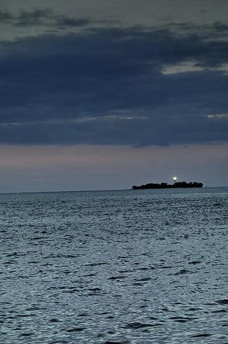 Atardecer en Veracruz, Mexico- el faro de la isla de Sacrificios ALR_0098c