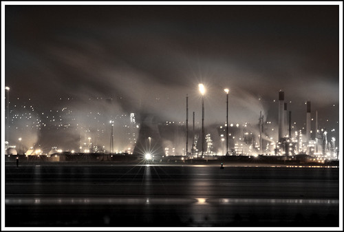 Grangemouth Oil Refinery by Night by The Pixel and Eye, on Flickr