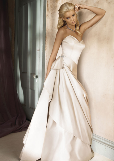 Alvina Valenta Wedding Gowns 2009