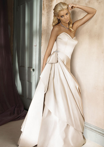 wedding dress ivory, 2009