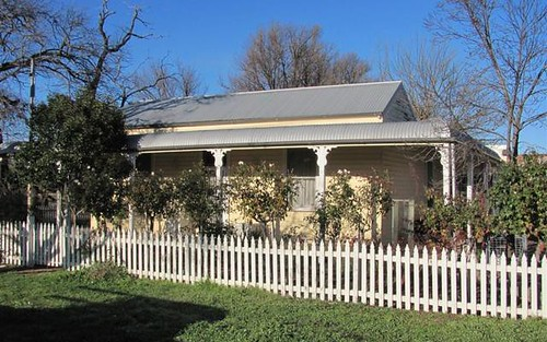 10 Murray Street, Holbrook NSW 2644