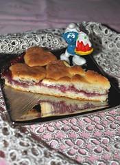 Tart soft mascarpone and raspberry jam (pasta frolla) Tags: tart mascarponecheese jam raspberry breakfast snack party children smurfs cake sweet
