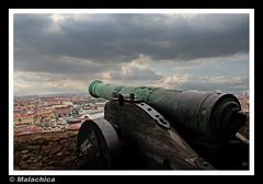 Cañón. (malachica) Tags: portugal lisboa ciudad panoramica atalaya arma cañon defensa ltytr2 ltytr1 malachica