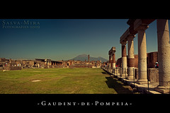 Gaudint de Pompeia [ #3 ] (Salva Mira) Tags: travel viaje summer vacation panorama 3 tourism canon eos vacances pompeia stitch zoom forum wideangle foro panoramica verano pompeii vesuvius tele viatge tamron vesuvio angular turismo pompeya vacaciones romanempire frum pompei estiu vesubio hollidays granangular salva cosida todoterreno turisme imperioromano 50d teleobjetivo 18270 eos50d vesuvi c