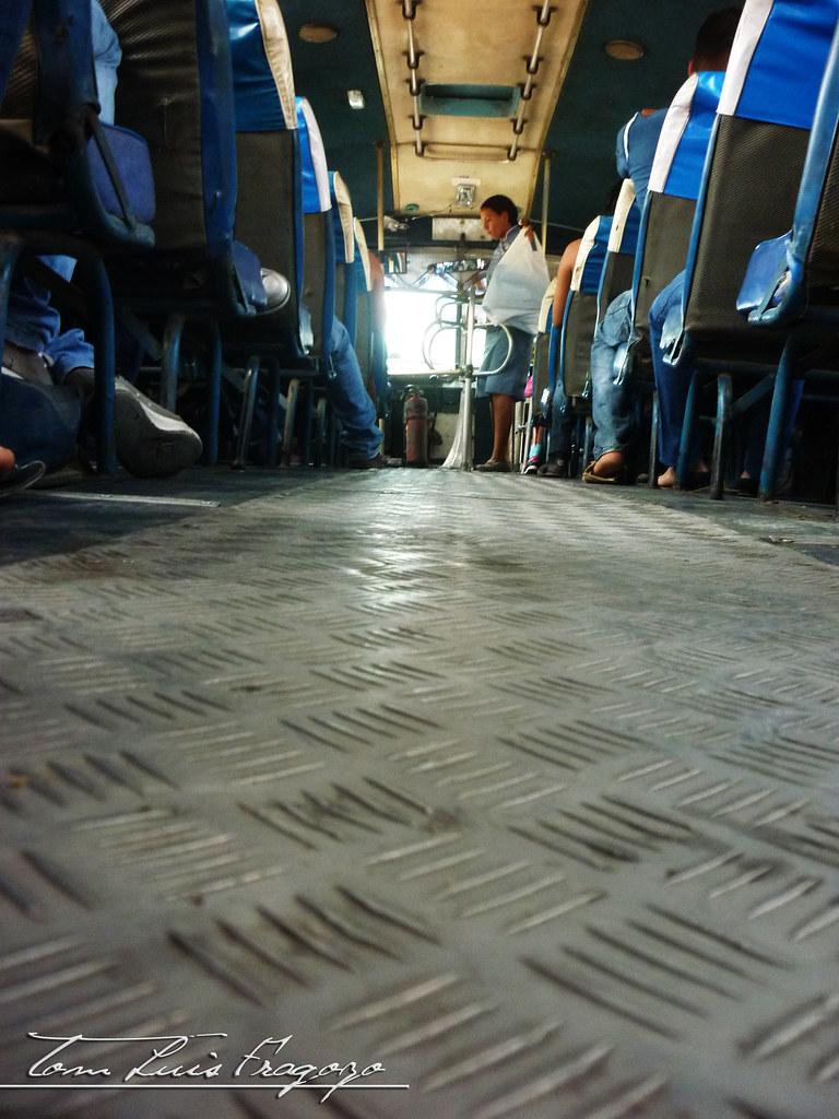 pasillos de transporte urbano barranquilla colombia