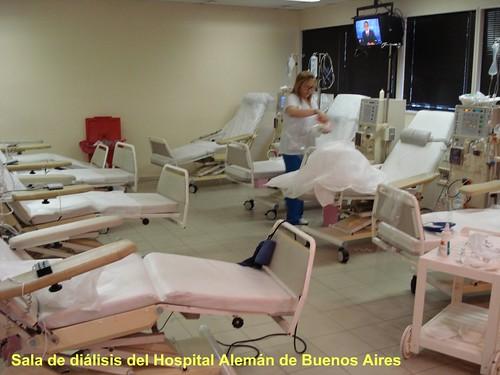 Sala de diálisis del Hospital Alemán