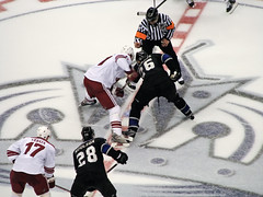 Third period opening face off (mark6mauno) Tags: hockey phoenix nhl losangeles los referee angeles center kings national michal staples league staplescenter coyotes losangeleskings moulson nationalhockeyleague canonpowershots3is handzus michalhandzus vrbata 200708 handzuš hanzal michalhandzuš