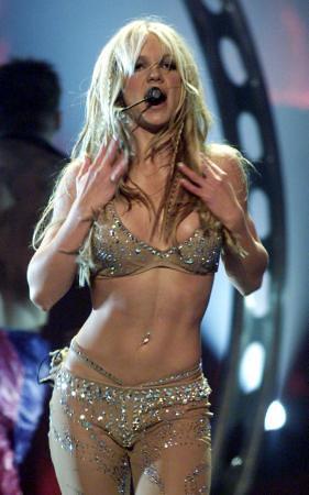 Sexy Celebrity Britney live MTV VMA 2000