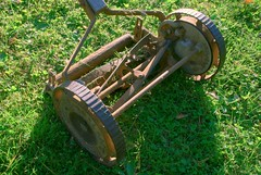 Mower (jety) Tags: mower hdr picturenaut