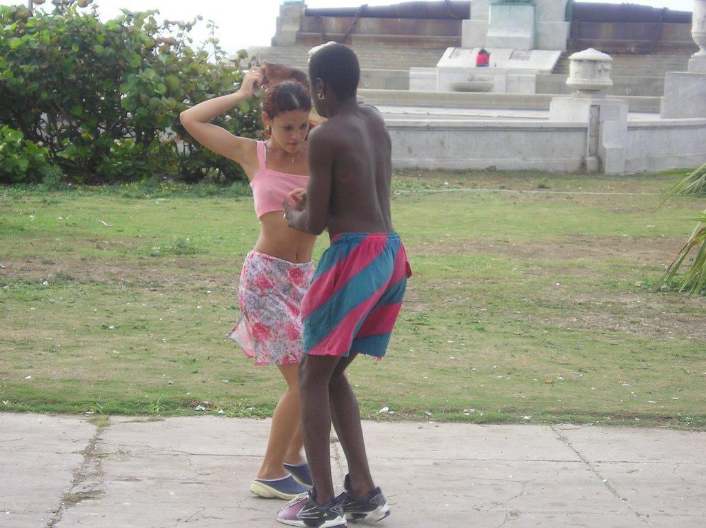 Cuba: fotos del acontecer diario 2452248830_c3f305d0c9_o