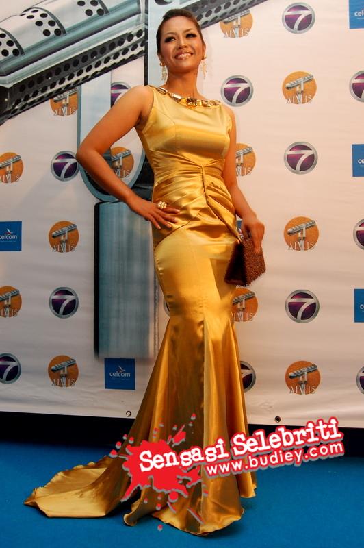 Liza Hanim @ AIM15