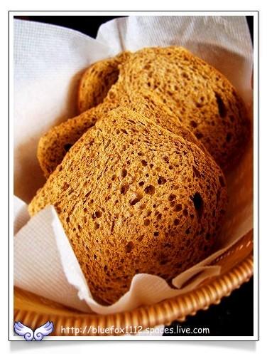 080515明星咖啡館13_明星黑麥麵包