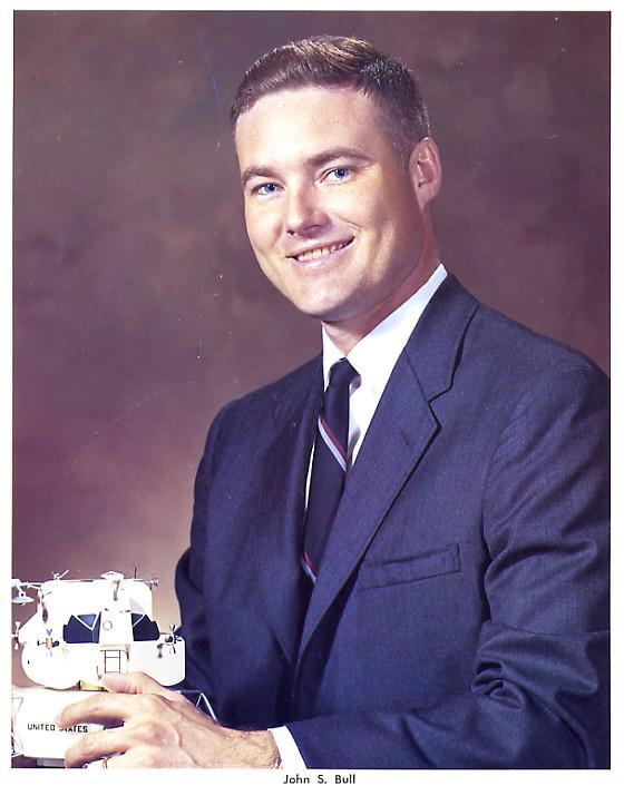 Disparition de l'astronaute NASA John S. BULL 2857045821_e7c9458e7b_o