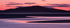 Sunset over Taransay (David Kendal) Tags: longexposure sunset dusk harris hebrides gloaming civiltwilight luskentyre taransay losgaintir soundoftaransay traighlosgaintir hebrideansunset caolastharasaigh