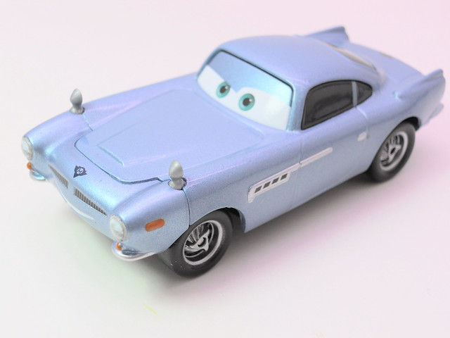 disney cars 2 finn mcmissle loose (2)