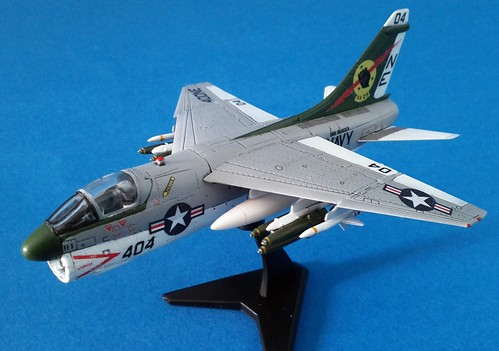 F-toys 1/144 - A-7E Corsair II - Completed - 1