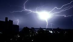 Toronto Storm Lightning (SnapHappyExpat) Tags: toronto storm may bolt lightning 29 lightening electrical 2011 greatphotographers mygearandme mygearandmepremium mygearandmebronze mygearandmesilver greaterphotographers greatestphotographers