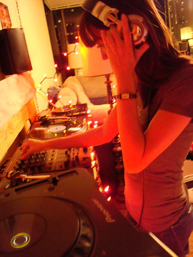 DJ Toki (Sisters in Sound) @ The So SCARY Show
