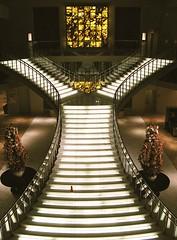 Hotel Nikko Bayside Osaka lit up stairs (Chamelle Designs) Tags: up japan stairs hotel steps entrance universalcity lobby   amusementpark bayside nippon osaka lonelyplanet hotels lit nikko universalstudios usj foyer themepark nihon moviestudio filmstudios lphotels