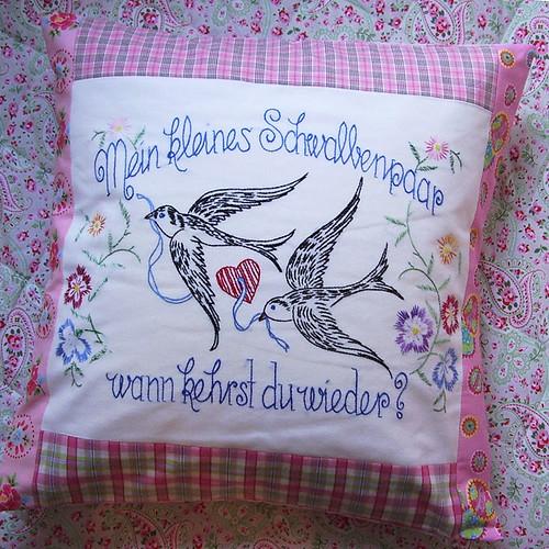 Swallow-pillow - Schwalben-Kissen