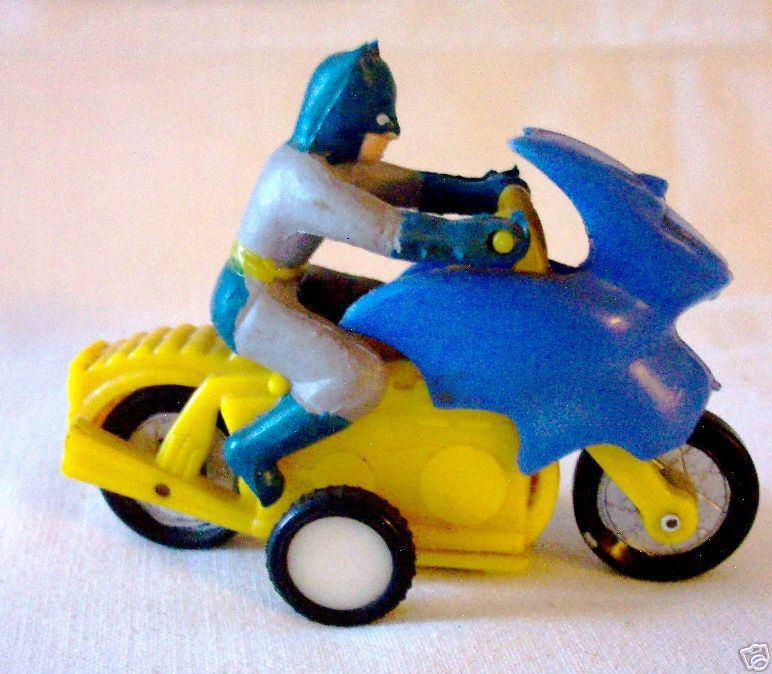 batman_ahismallbatcycle.jpg