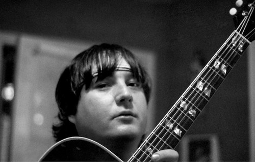 louie guitar BW