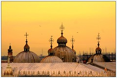 The domes of St. Mark (Liv ) Tags: bridge blue venice sunset red 2 sky bw italy white 3 reflection window water st night 1 boat canal photo italia mask mark tag ivan 09 gondola laguna domes 2008 venezia rialto sanmarco 08 canale veneto lazzari laiv abigfave platinumphoto anawesomeshot diamondclassphotographer laivphoto goldstaraward