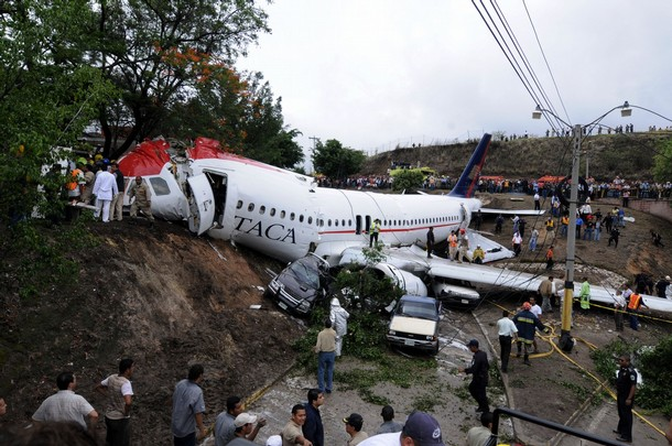 HONDURAS-PLANE-CRASH