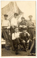 Shipmates, Tough and Tender (c.1925) (postaletrice) Tags: old family famille friends portrait italy man amigos men norway familia vintage real found parents photo italian italia ship brothers antique retrato flag postcard manly caps group band sailors handsome coworkers siblings norwegian antigua photograph bandera grupo noruega relatives postal charming amis groupe rp comrades slippers italie hermanos postale hommes cartolina compaeros carte partners drapeau hombres ancienne frres marins boinas tarjeta berets twenties norvge manliness cpa shipmates tripulacin compagnons marineros rppc camaradas camarades quipiers confrres