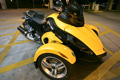 Spyder Can Am Roadster (James D. Collins) Tags: street tampa am florida can spyder motorcycle canonef1740mmf4lusm brp spydercanamroadstercanammotorcyclebrpdowntown spydercanamroadster