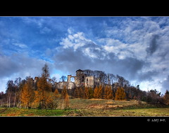 The Castle Teczyn (Mariusz Petelicki) Tags: autumn castle poland polska hdr jesie zamek blueribbonwinner tczyn aplusphoto diamondclassphotographer