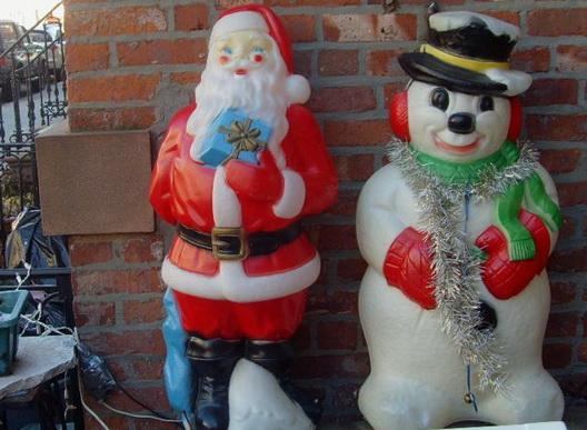 Brookyule Carroll Gardens Santa Snowman