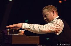 Craig Taborn (mmpicture / nomovies) Tags: music concert nikon live jazz 2008 jazzmusic bimhuis craigtaborn timberne tomrainey mmpicture maartenmooijman nomovies davidtornprezens