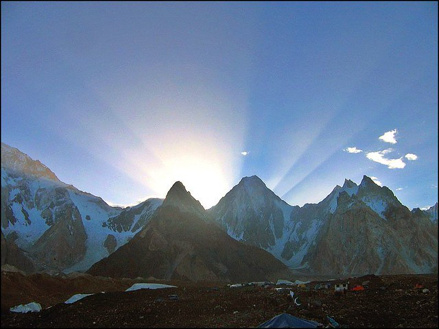 Sunrise over Gasherbrum IV
