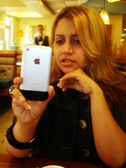 (LifeAsIPictured) Tags: newyork apple mercedes restaurant dominicana duquesa iphone nomakeup countryfeelings mercedesramirezguerrero duquesam mercedesramirez tooblonde dontlikethisphone studioduquesa duquesamercedes dominicanrepublicpictures lifeasipictureit