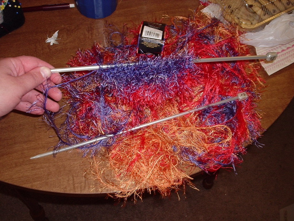 Sally Comes Unraveled - The Blog: Some tips on knitting with Fun Fur