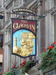 The Clachan (mefeather) Tags: city uk london cafe pub soho stad theclachan londen uithangbord greatbrittain grootbrittanni