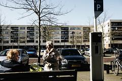 De Plantage, Utrecht. 9-3-2014. (Pim Geerts) Tags: street old sun color colour bike mall shopping photography spring women utrecht wheelchair relaxing autos lente zon oude fiets parkeerplaats vrouwen weer genieten kleur winkelcentrum plantage rollator relaxen straatfotografie